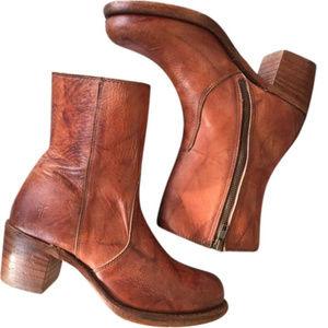 Frye Sabrina Inside Zip Boots